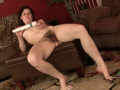 Sunshine smothers her bush with vibrations