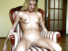 Slender blonde play with herself. Self fisting.