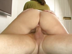 Sizeable tushes babe likes a ride