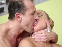 Stepdaughter joins amazing sexual action of her stepmom