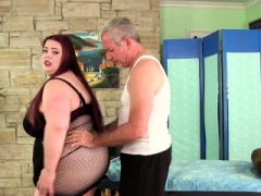 Sizeable boobed BBW Miss Ladycakes gets a sex massage
