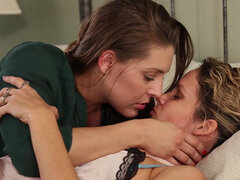 Gracie Glam becomes obsessed with her new girlfriend Prinzzess