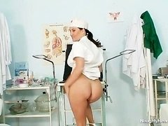 Huge natural tits Valentina Rush is lascivious nurse