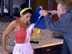 The bored housewife Peta Jensen gets her boobs licked by her husband