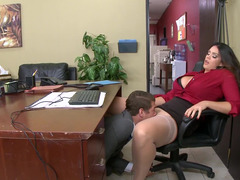 A bigtitted thing that has a big tooshie is getting fucked in the office