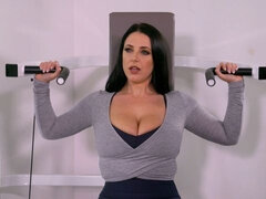 Big-boobed brunette MILF Angela White knows how to get some pleasure