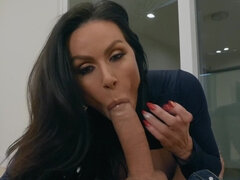 Frisky cougar Kendra Lust cums hard on fat pecker