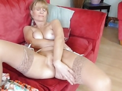 Mature British housewife Jane with hungry fuck hole
