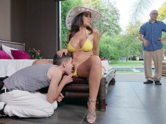 Lisa Ann gets pussy licked and her boyfriend is none the wiser