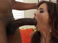 Shaft brings experienced dame a lot of pleasurable sensations