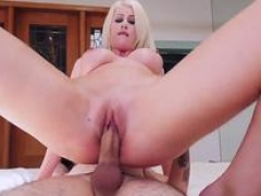 Sexually available mom anal licking Spying Juan Finally Got Fucked By Stepmom