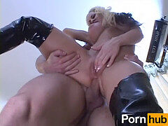 meaty hooter ASS STRETCHERS 1 - vignette 3
