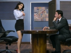 Brazzers - Love bubbles at Work -  Pushing Bounda