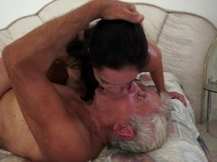 Granddad that is de facto horny is getting down and dirty a tight small hoe
