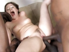 Sindee Jennings Squirts During Interracial Team fuck