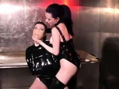 Bdsm, Brunette, Dominerende kvinne, Fetisj, Latex, Lesbisk