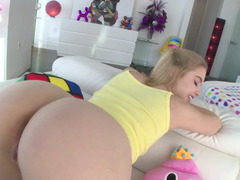 Cute blonde gets screwed in ass by Mike Adriano
