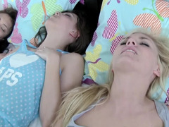While parents are at work, their blonde daughter has sexual fun