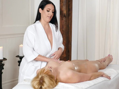 Top-class lesbian love instead of usual massage procedure