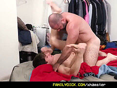 FamilyDick - Muscle teddy father barebacks nubile stepson