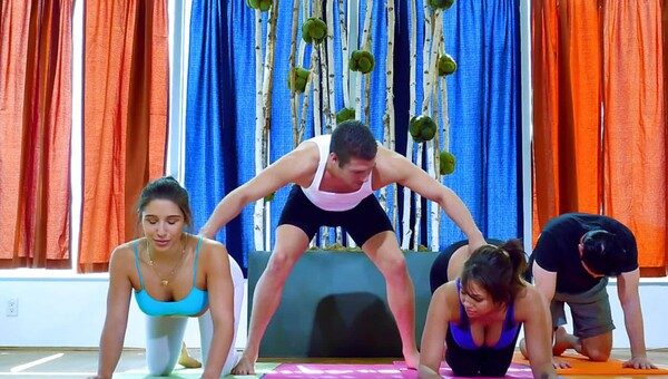 Fine ass yoga ladies fucking in a sweaty hardcore foursome