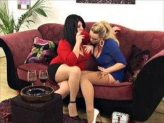 Bigtitted Lesbians Smoking VS 120s