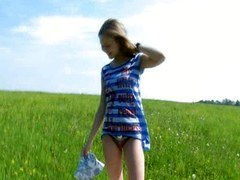 blonde making outdoor toy play vag