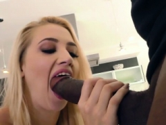 Sierra Nicole Has an intercourse Mandingo's BBC