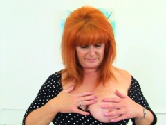 English sexually available mom Ginger Tiger fingers her oozy fanny