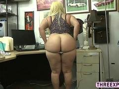 Sizeable tush slut gets fucked in pawn shop for a huge chunk of cash