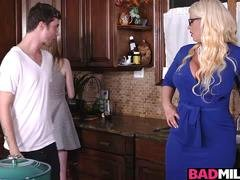 Hot boyfriend fucked Dolly and furthermore Alura in the kitchen