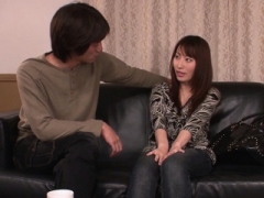 Super beautiful Japanese babe lets him play with her snatch