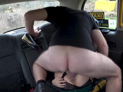 Myla Elyse trades her asshole for oral tease & a free ride