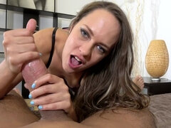 Spermsucker: VR Blowjob Fills Horny Babe's Mouth With Cum