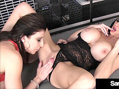 ginormous backside cougar Sara Jay Tongue Fucks Younger Louise Jenson!